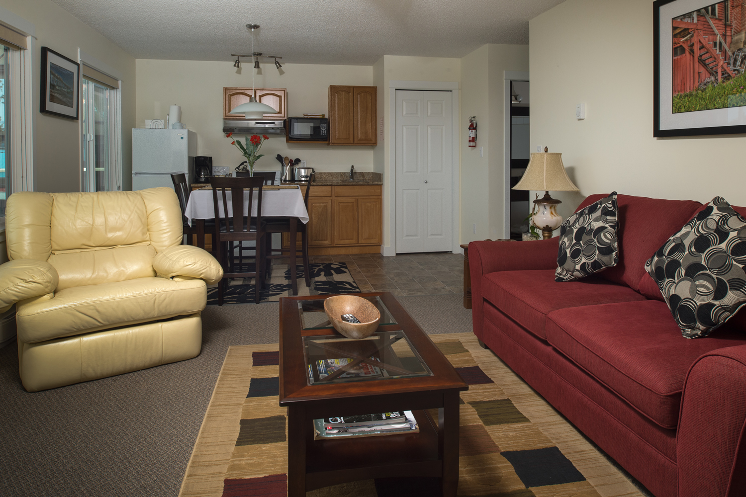 Bayshore Waterfront Inn - One Bedroom - #204